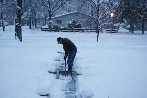 11-28-10-shoveling-snow